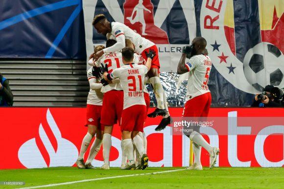 O RB Leipzig encerrou a fase de grupos da Champions League como líder de sua chave com 11 pontos em seis jogos. Os Touros Vermelhos seguem invictos atuando como visitantes no torneio.