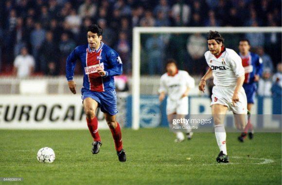 A melhor campanha do PSG na Champions League, deu-se na temporada 1994/95, quando a equipe que na época contava com o craque Raí, chegou nas semifinais (caiu diante do Milan).