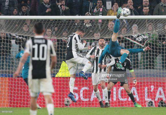 Foi exatamente pela Champions League, que Cristiano Ronaldo marcou o gol mais bonito de sua carreira. Na ocasião, o craque ainda atuava pelo Real Madrid, e subiu 2,38m para acertar uma bicicleta no ângulo da meta de Gianluigi Buffon, da Juventus.