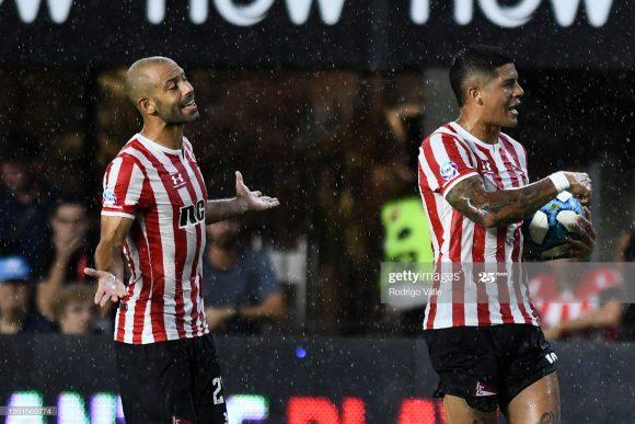 Após as chegadas de Janier Mascherano e Marcos Rojo no primeiro semestre do ano, o Estudiantes sonha com a vinda de mais reforços de peso no segundo semestre.