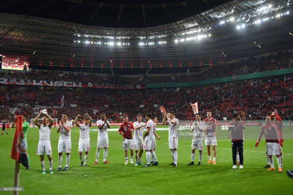 A última vitória do Bayern Munique na BayArena, deu-se em abril de 2018, quando os bávaros golearam o Bayer Leverkusen por 6 a 2 pelas semifinais da Copa da Alemanha.